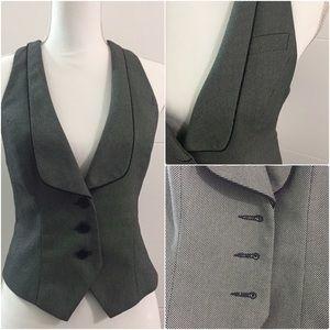 EXPRESS DESIGN STUDIO Editor Vest Size 4